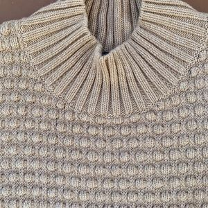 Vince Camuto beige sweater